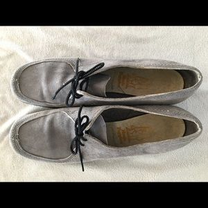 Vintage oxfords - by Hush Puppies
